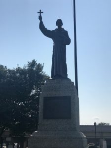 Father Hennepin statue